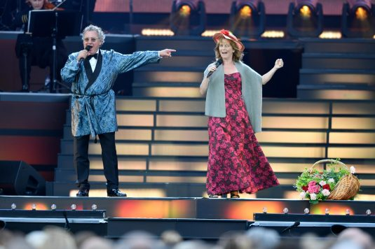 Tommy Körberg och Helen Sjöholm I love musicals på Ullevi